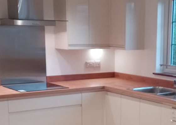 Salisbury Kitchens and Carpentry Cooker Hood
